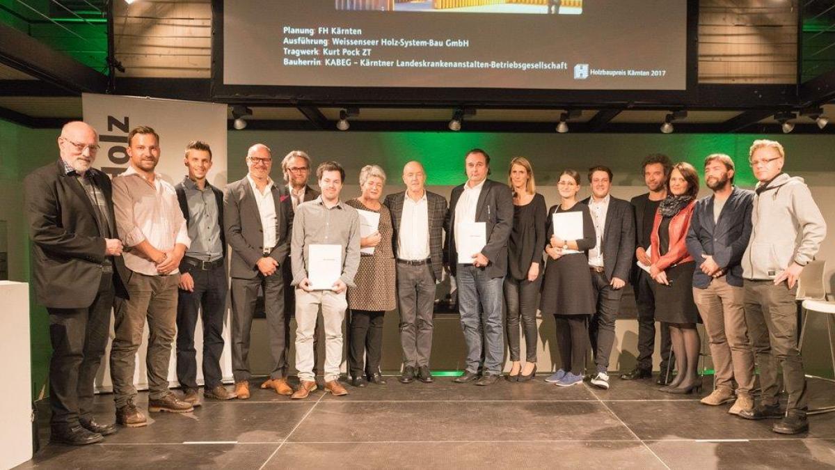 Bild: Holzbaupreis hda klagenfurt 25 10 2107 c arnold poeschl 2073 web-1024x68...